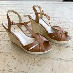 Guess sandal wedges brown 10